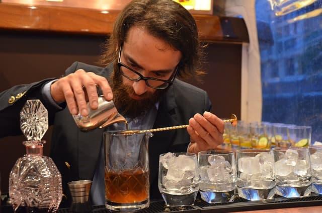 喝威士忌時用的威士忌杯